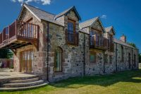 Castleview Newton Steading